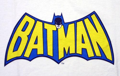 Ya lei Batman 700 , y esta muy bueno, claro tiene detallitos, pero en ...