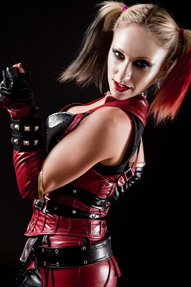 quinn city cosplay arkham Harley